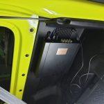 установка процессорного усилителя в машину